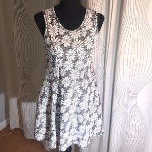 Knitworks Dresses - Knitworks-Fit & Flare Sleeveless Wh. Daisies Dress